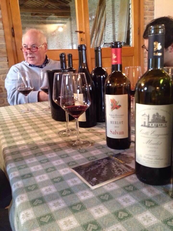 Salvan e i vini in degustazione